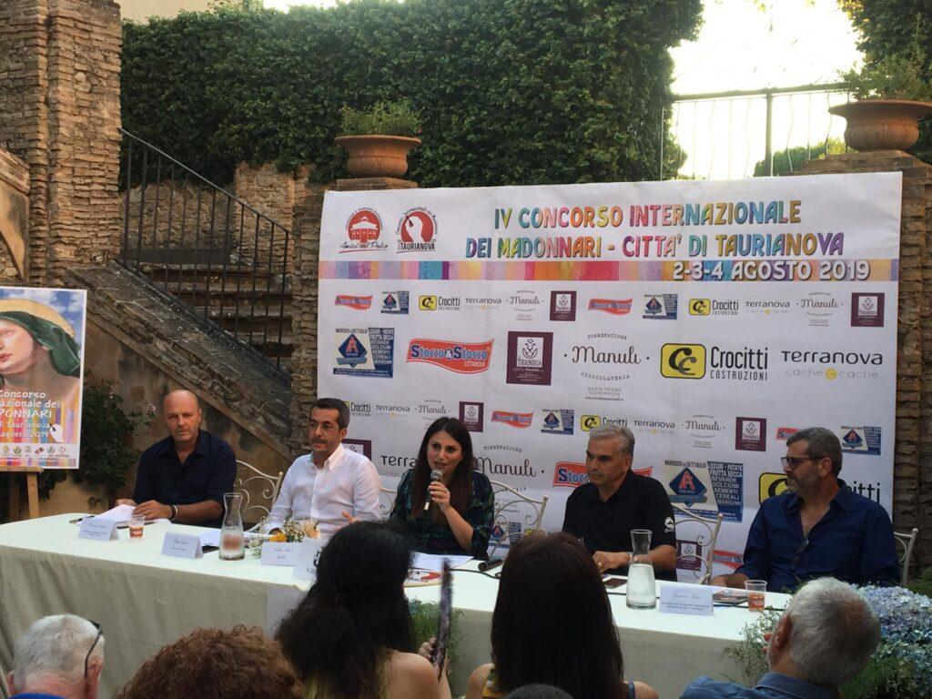 Villa Zerbi Taurianova - Conferenza stampa Concorso internazionale dei Madonnari